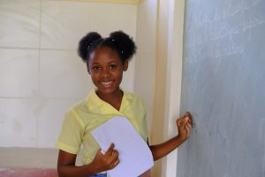 Great pic of student at blackboard (1)